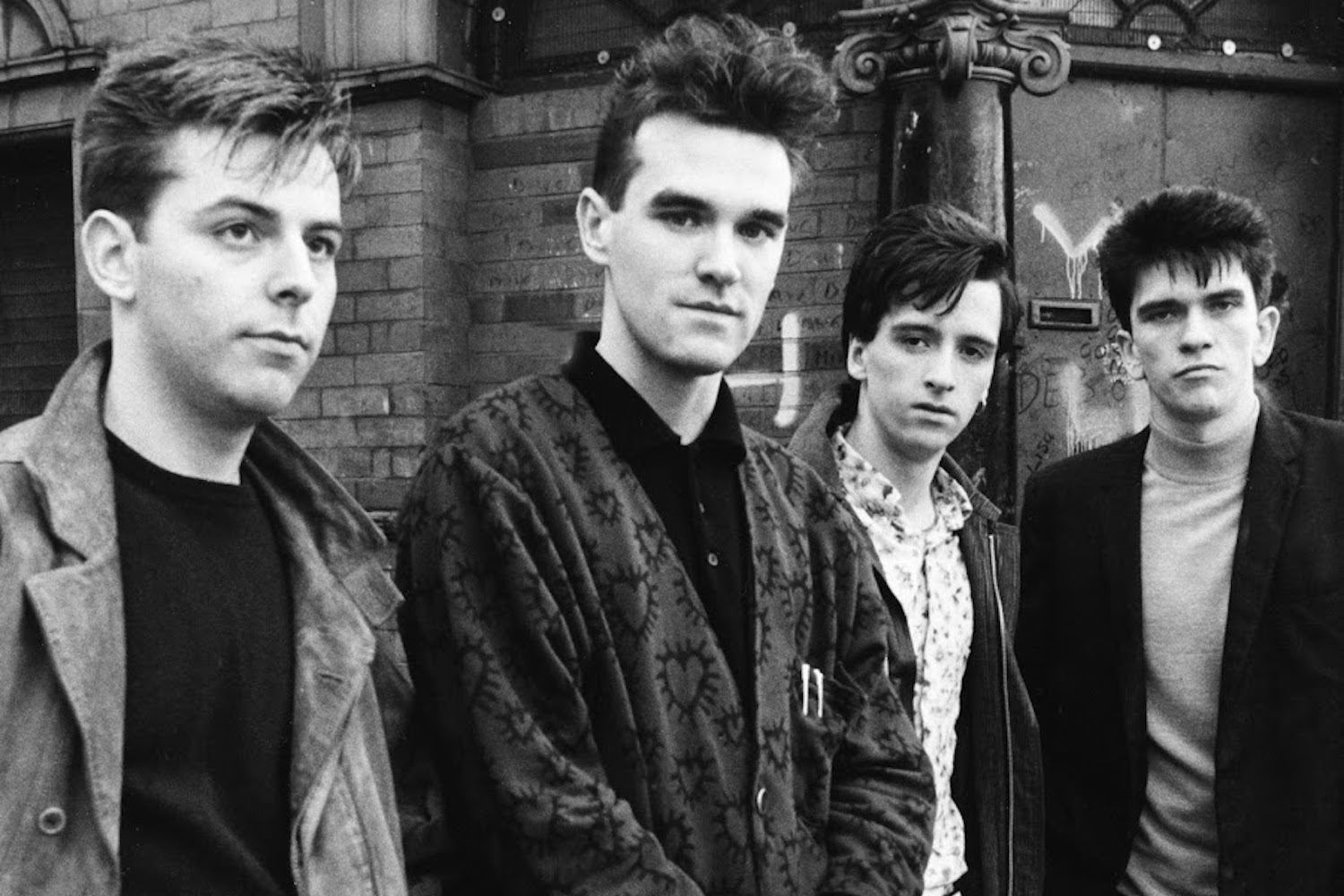 9 of the most uplifting lyrics by The Smiths   Gigwise
