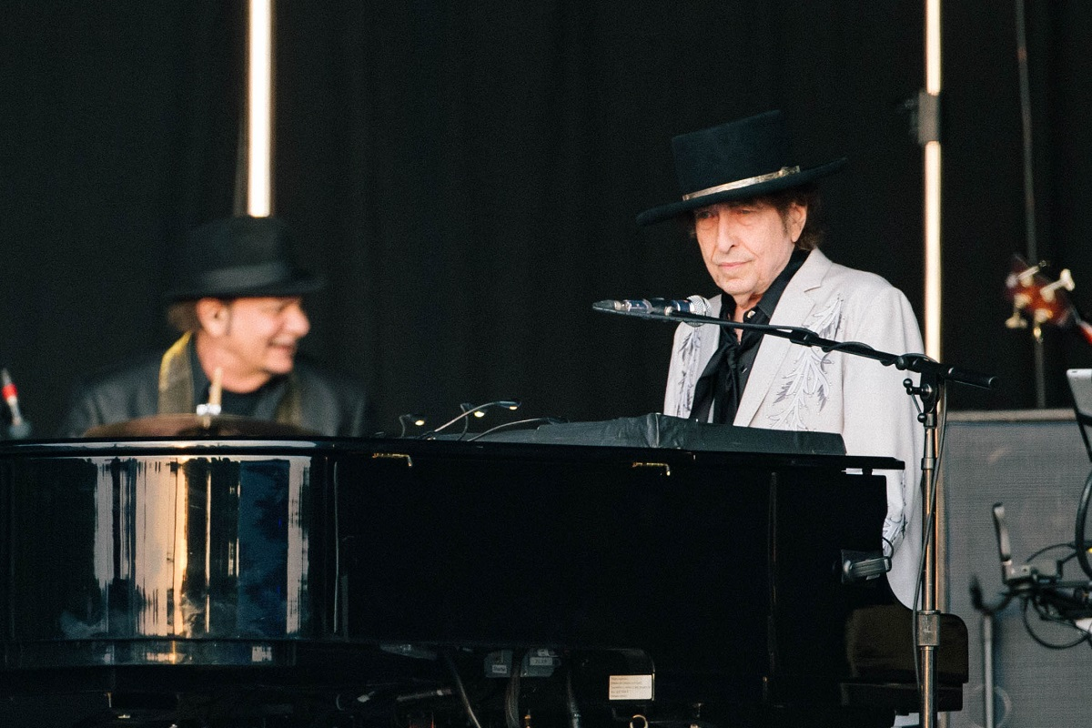 Live Review: Bob Dylan and Neil Young at Hyde Park, London, 12/07/2019