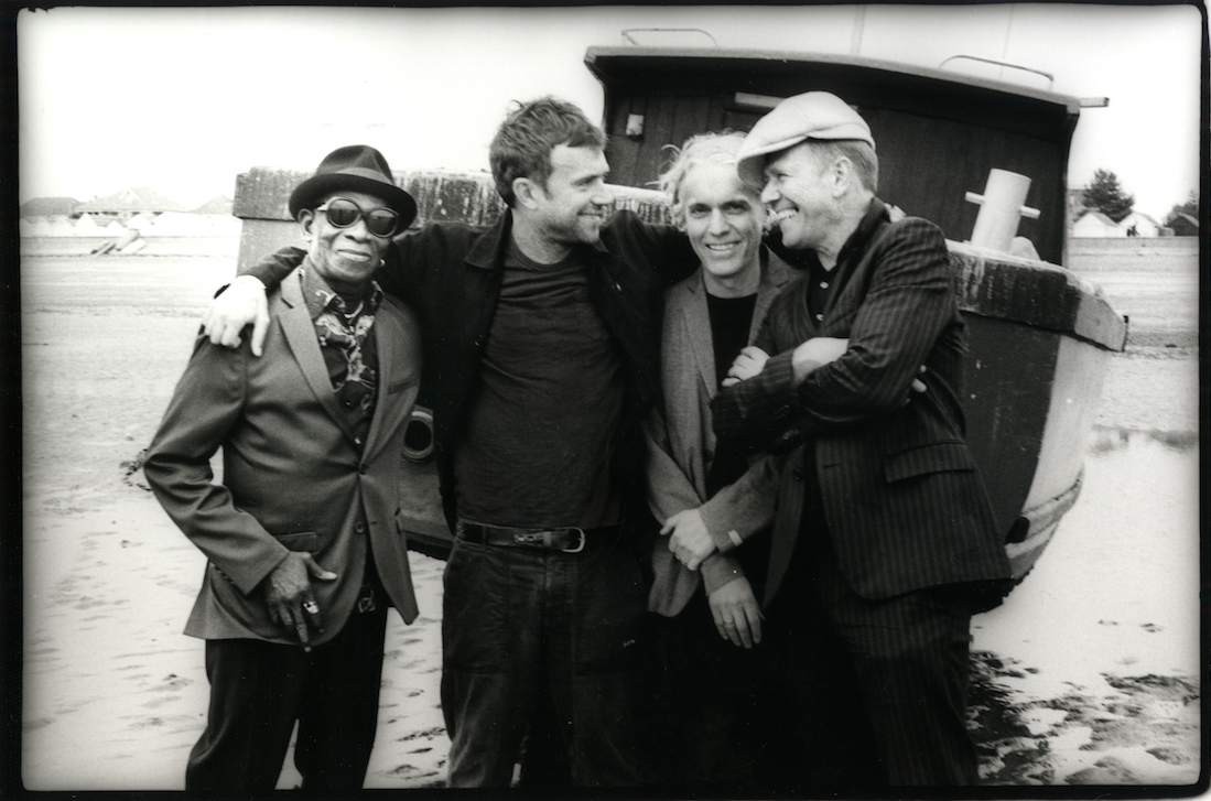 Watch: Damon Albarn's The Good, The Bad & The Queen live in Paris