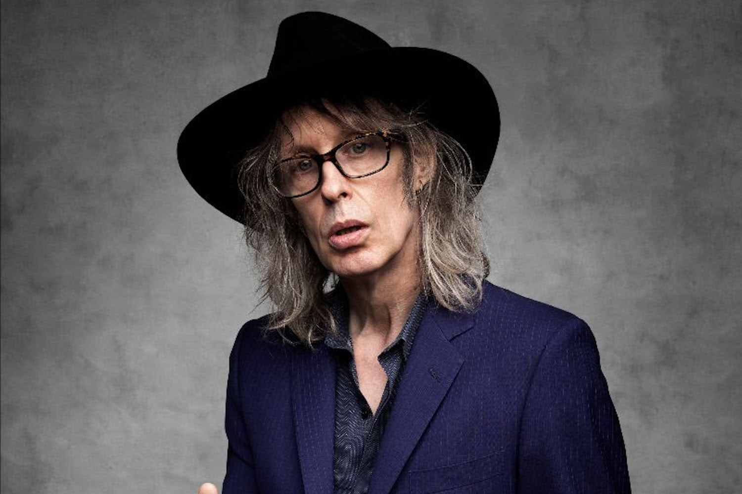 Chill out to The Waterboys' latest single 'Postcard From The Celtic Dreamtime'   Gigwise